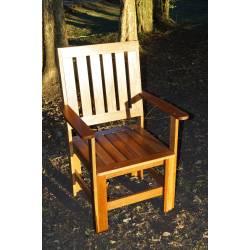 Cadeira Tipo Poltrona